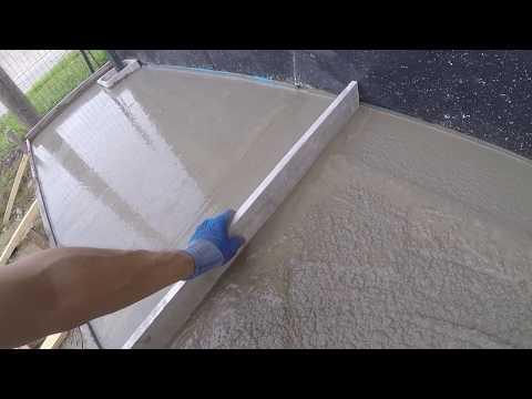 Terrasse et trottoir en béton dune maison : coulage béton du trottoir 1 5  LUMY 82