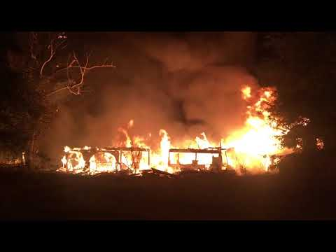 See fire destroy large unoccupied home in Slidell