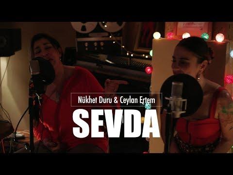 Nükhet Duru & Ceylan Ertem - Sevda (Live)