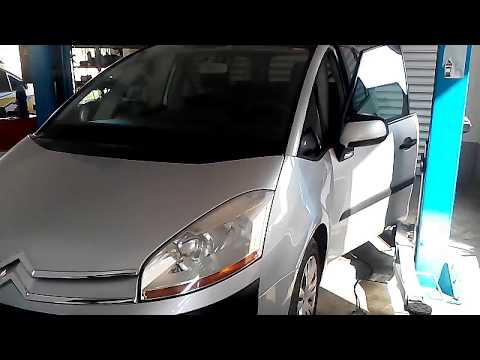 DIY: CITROEN C4 PICASSO HOW TO REPLACE REAR BRAKE PADS
