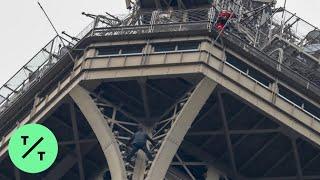 أغلق لعدة ساعات وتسبب في إخلائه.. القبض على متسلق برج إيفل.. فيديو