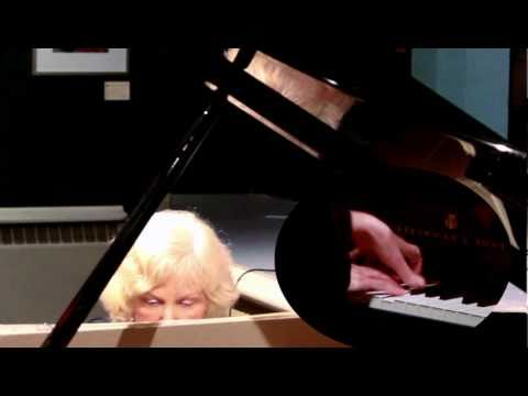 Christina Petrowska Quilico Live Piano Performance: Ann Southam's Fast River #6