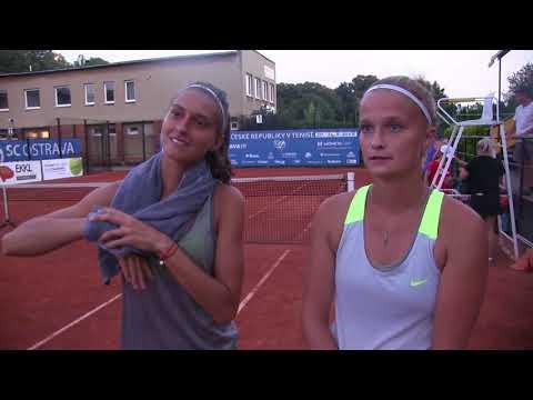 Vendula Žovincová a Tereza Polanská po porážce ve finále debla MČR 2018