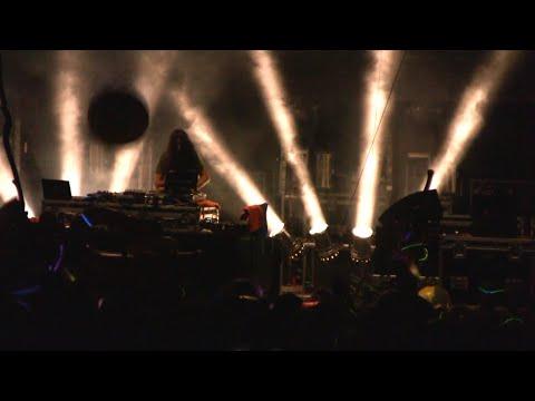 BASSNECTAR Glow Stick War - ALL GOOD 2010 Part I