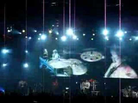 [Singapore] 五月天 JUMP!离开地球表面 - Paradise + 倔强