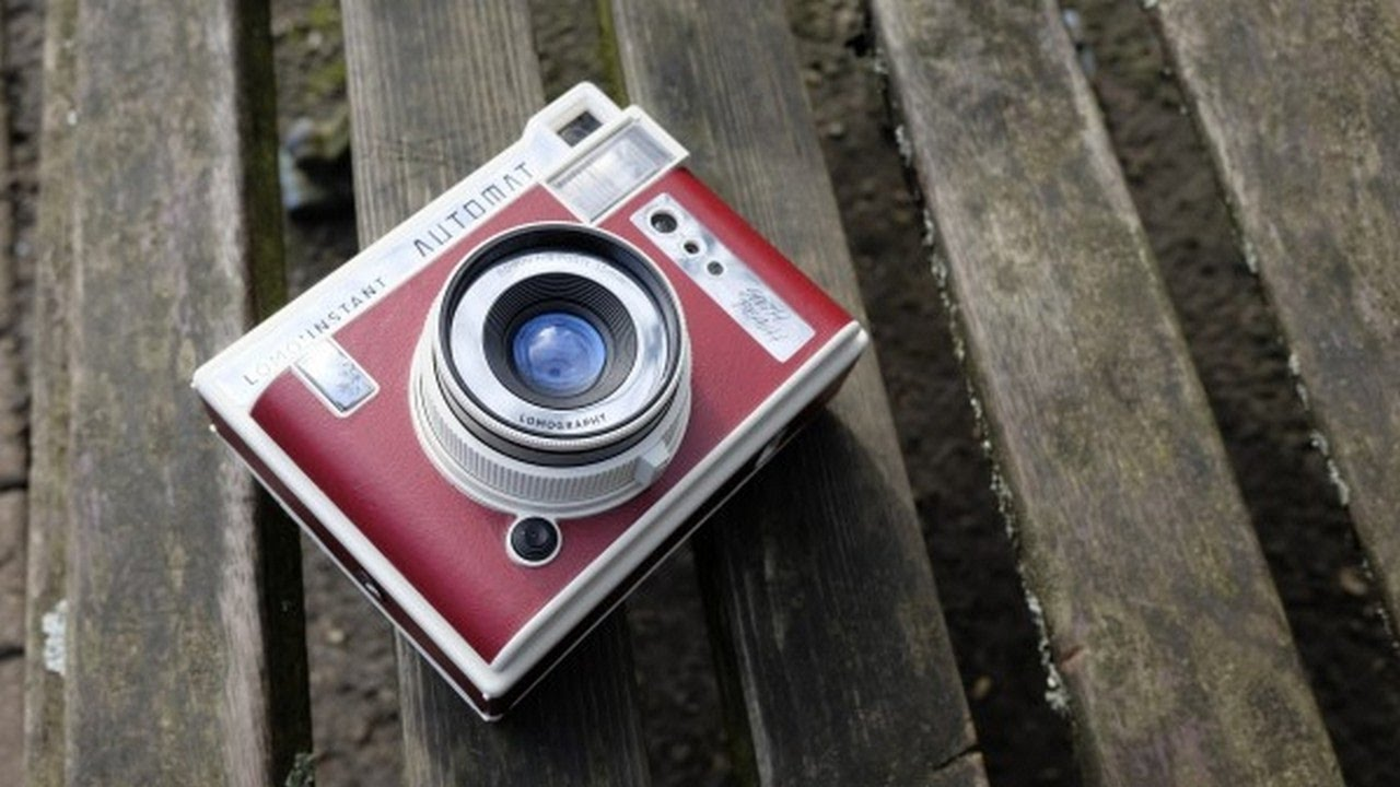 Wow Look This Lomoinstant Automat Review Youtube Lomography Instant Camera Lenses San Sebastian Edition