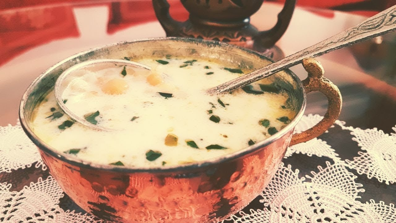 Yarmalı Nohutlu Yoğurt Çorbası