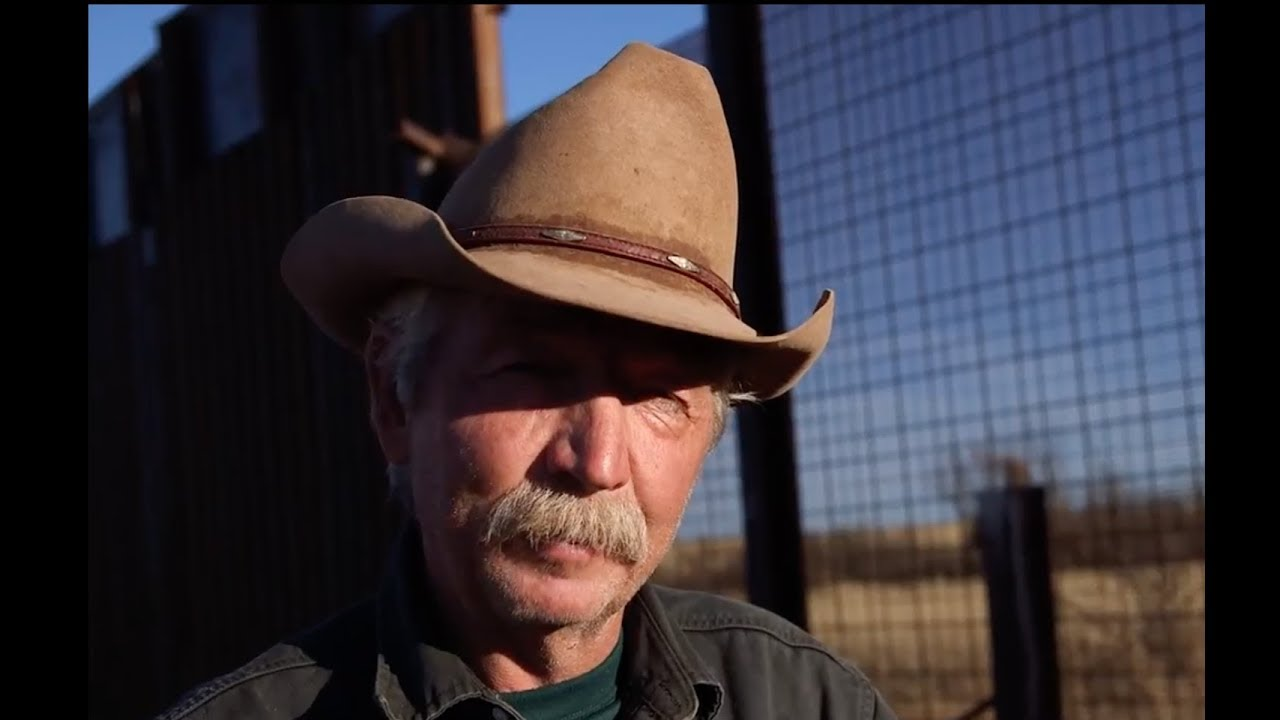Reporter's Jaw Drop When Farmer Takes Him To Nearby Border Wall