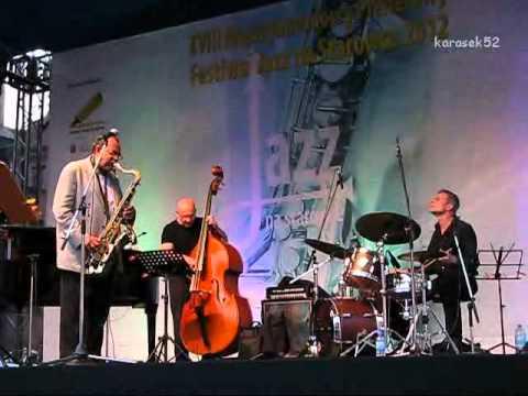 Ernie Watts Quartet live - XVIII Festiwal Jazz na Starówce 2012 (1/3)