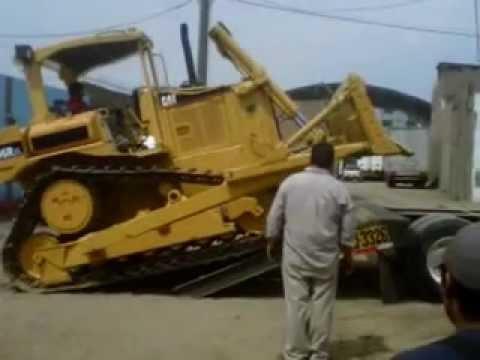 Cargando Tractor Oruga CAT D6R XL - INCCA