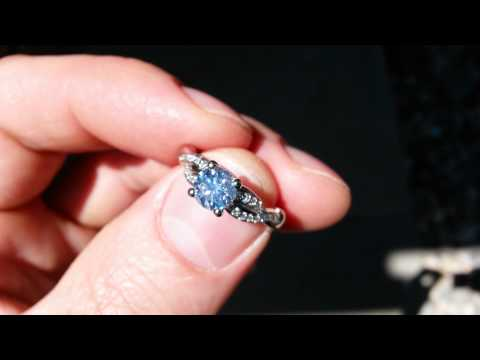 James Allen Engagement Ring Diamond w Strong Blue Fluorescence