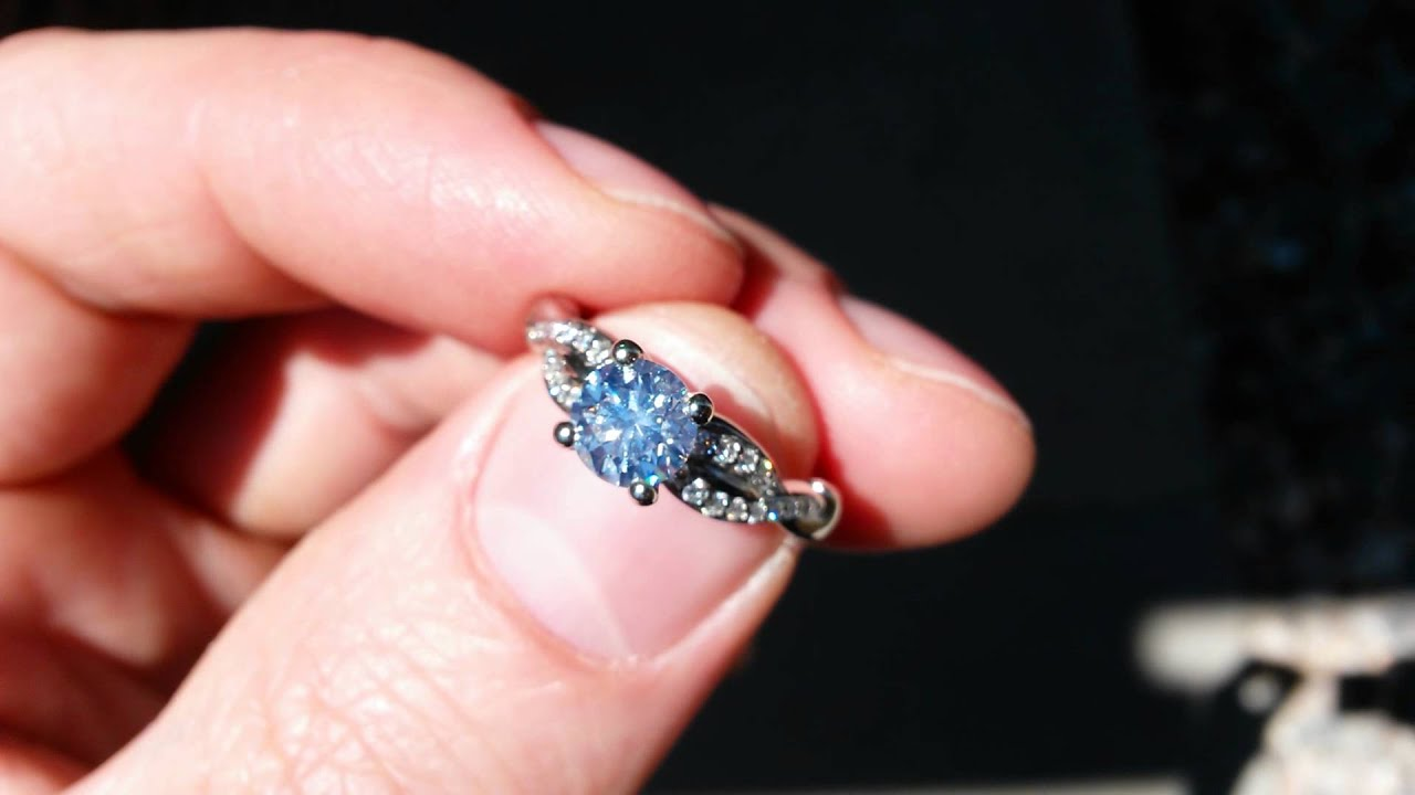 James Allen Engagement Ring Diamond w Strong Blue Fluorescence - YouTube