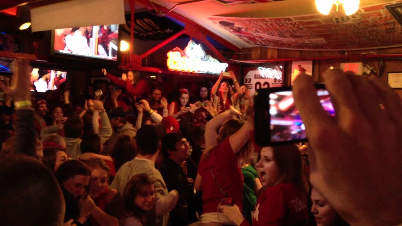 IU Upsets KY - Celebration at Nick's English Hut - YouTube