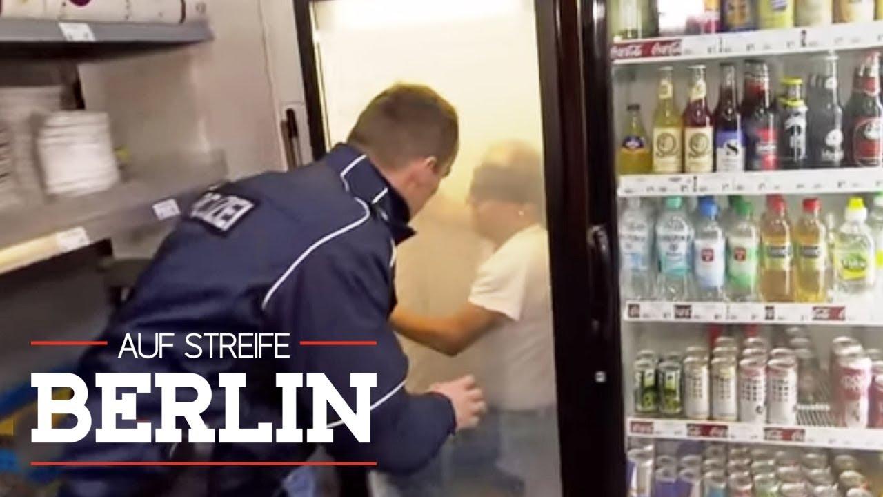 Kleiner Kühlschrank Gebraucht Berlin : Im kühlschrank eingesperrt waffeneinsatz im getränkemarkt auf