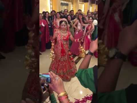 Indian bridal awsomr dance