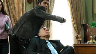 Polat Alemdar Baron Karahanlı'ya bıçak fırlatır