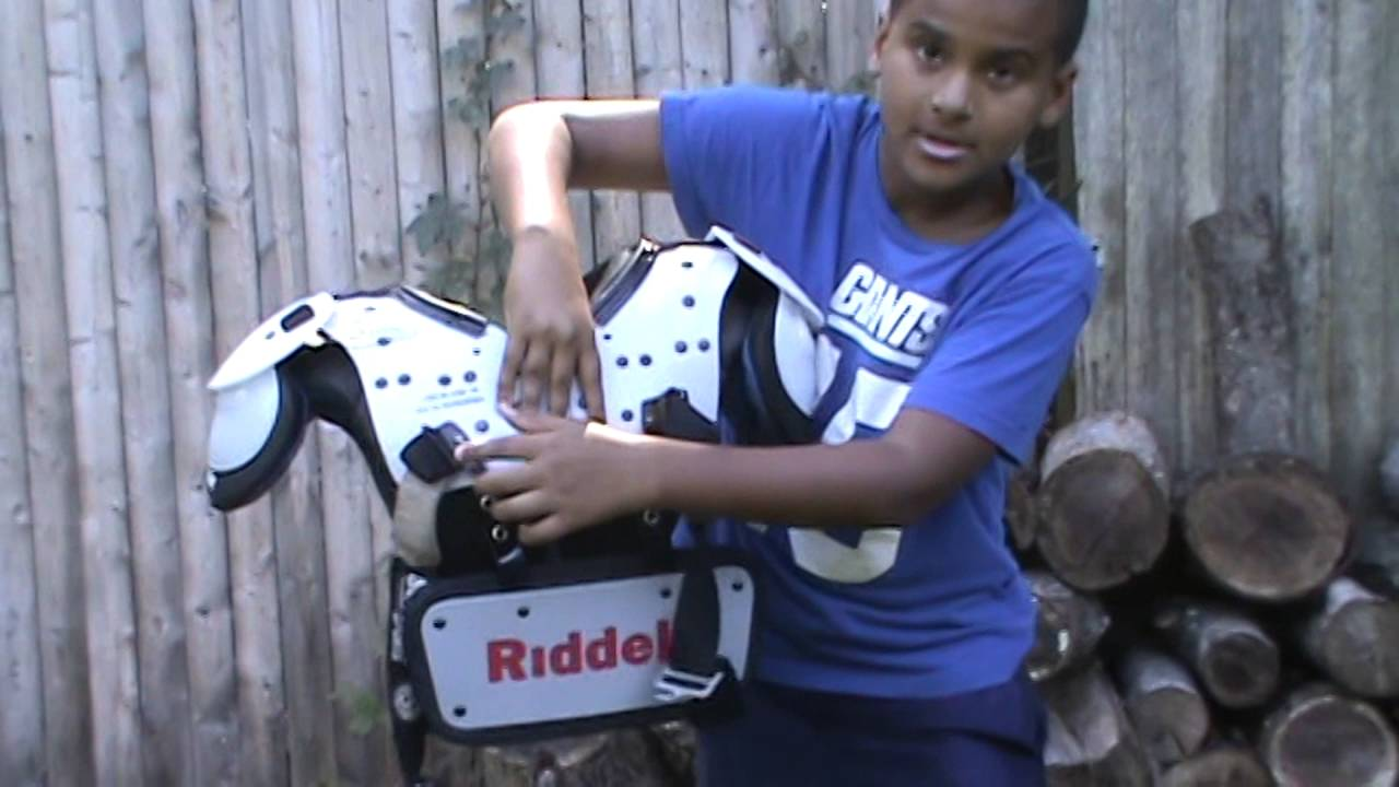 Youth Football Riddell Backplate Review - YouTube f1f937d5ebeef