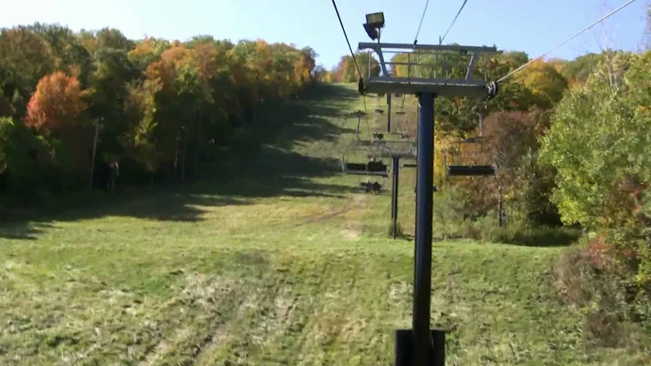 A ride on the ski lift, to the top of Bristol Mountain. - YouTube
