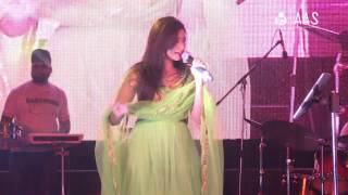 """Mere Dholna"" by Shreya Ghoshal ( AAS Housewives Awards 2012 )"