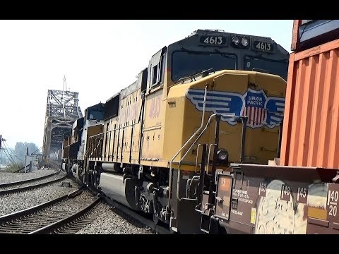 UNION PACIFIC and CSX diesel trio arrive and depart from Vancouver, WA (2 of 3)
