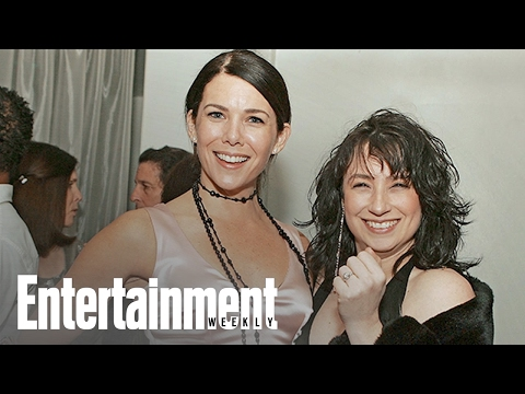 Gilmore Girls: When The Creators Realized Stars Hollow Was Back  PopFest  Entertainment Weekly