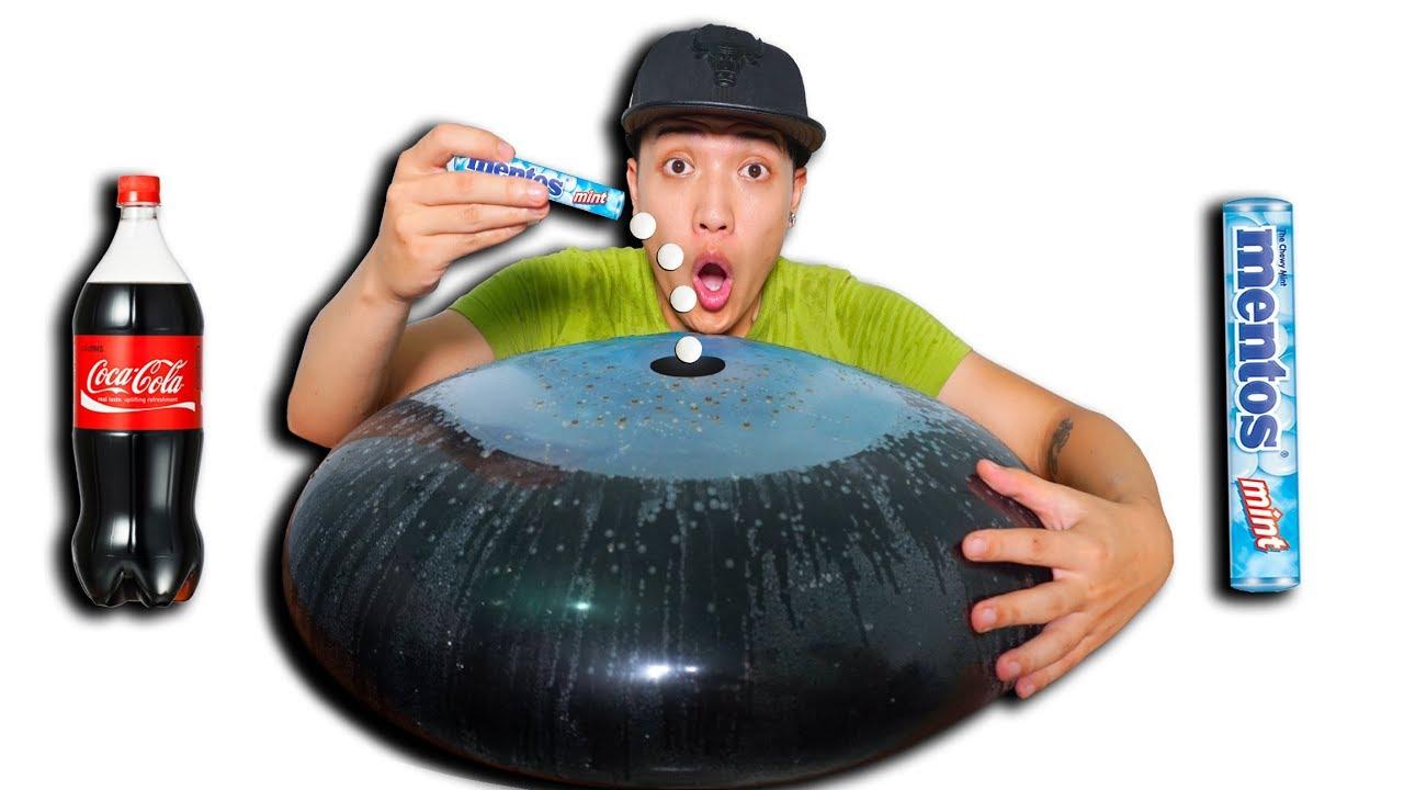 NTN - Thử Thả 100 Viên Mentos Vào Trong Bóng Nước Coca (Drop 100 Mentos Capsules Into The Coca Cola)