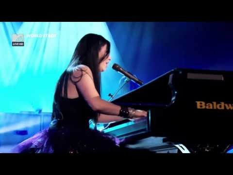 Evanescence - My Heart Is Broken [Live]