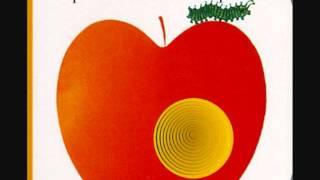 Tabone - un petit trou dans une pomme.wmv