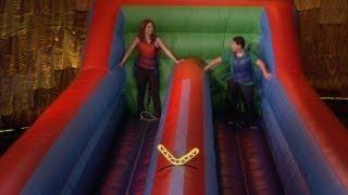 Ellie Kemper and Rico Rodriguez Play Boomerang Blitz!