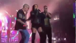 Bad Bunny & Natti Natasha bailando caliente 🔥 Dura Remix ft Daddy Yankee