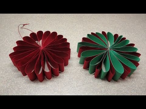 folded flower christmas tree ornament - Easy Paper Christmas Decorations