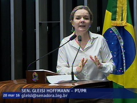 Para Gleisi Hoffmann, Programas Sociais Correm Risco De Cortes Se Impeachment De Dilma For Aprovado