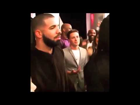 DRAKE Supports SERENA WILLIAMS During NYFW -- They're Affectionate! [VIDEO]