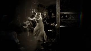 02 FLAMENCO HIVE Backdrop con Cristo Cortes Marion Joncas