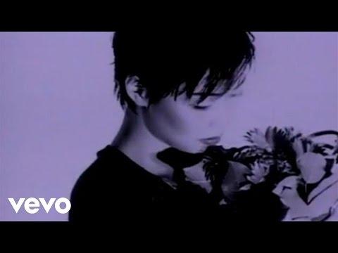 Cass Phang - Wei Wan De Xiao Shuo (Karaoke Version)
