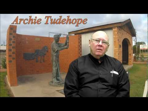 Archie Tudehope's Tribute to Len Jones.wmv