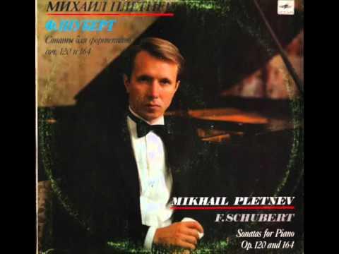Mikhail Pletnev plays Schubert Piano Sonata in A, D.664 - live 1982