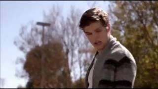 """Волчонок.Айзек на байке Эйдана.Смешной момент из сериала """"Волчонок !"""" ."""