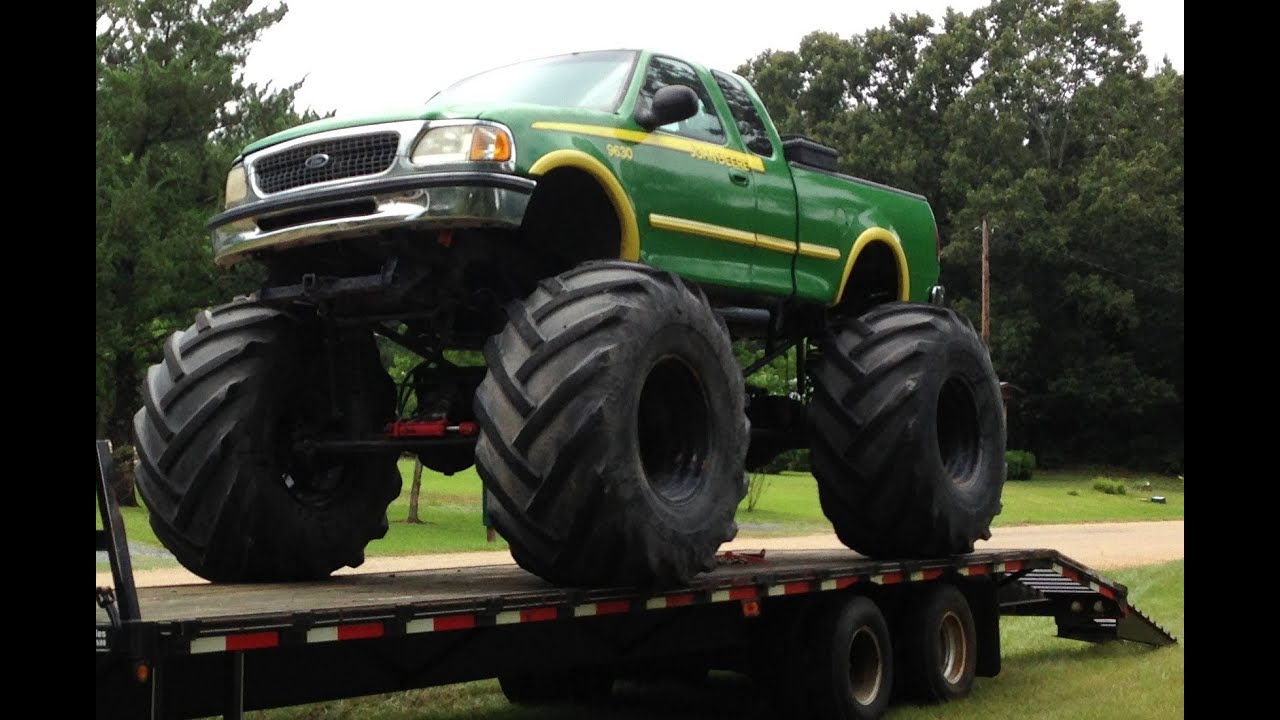 Large Tractor Wheels : John deere monster truck bog mud bigfoot tractor