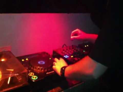 DJ Mes Live @ H2O Club - 2-11-12