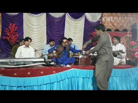 Pashto mast maidani saaz in my cousin wedding (Azghar Iqbal maidani programe )