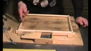 Сборка рамок и наващивание вощины