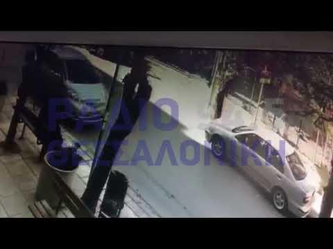 Βίντεο σοκ: Οι δυνατοί άνεμοι ξήλωσαν στέγη νηπιαγωγείου στη Θεσσαλονίκη