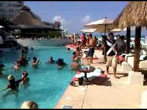 The Beach Club Me Cancun