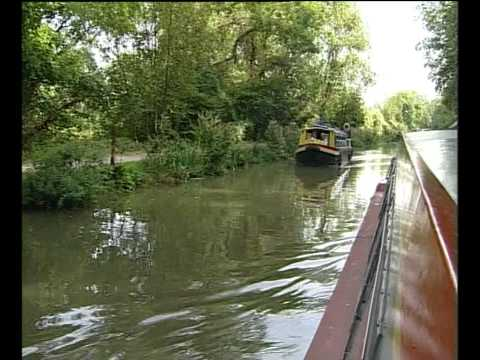 A Trip Down The Canal From Bradford On Avon Wiltshire