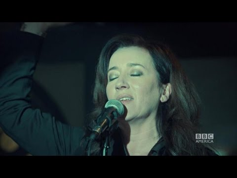 EXCLUSIVE! 'Orphan Black' Sneak Peek: Maria Doyle Kennedy s Off Mrs. S' Incredible Voice!