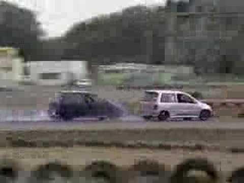 2 Subaru Mini-Van's Drifting!