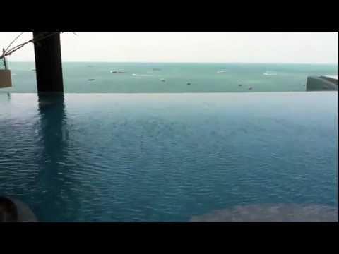 Как устроен бассейн на крыше