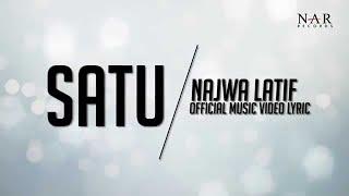 Repeat youtube video Najwa Latif - Satu  (Official Lyric Video)