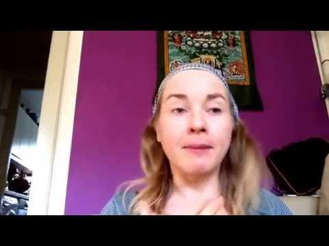 Skønhedsidealet er f%#€'d up..din krop er et mirakel..Pippi Yoga principper